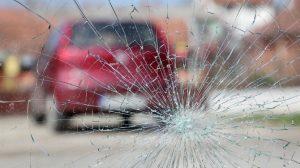 Ripara i tuoi cristalli auto da Auto Leali a Brescia.